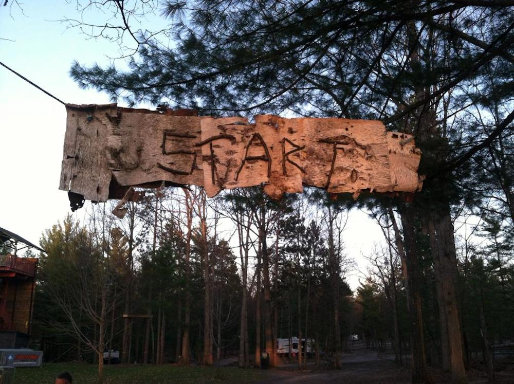 Inspired by nature ~ signage and awards at this weekend's inaugural Run The Ridge 10K Team Relay were carefully made by race organizers using items from the race trail and surrounding area.