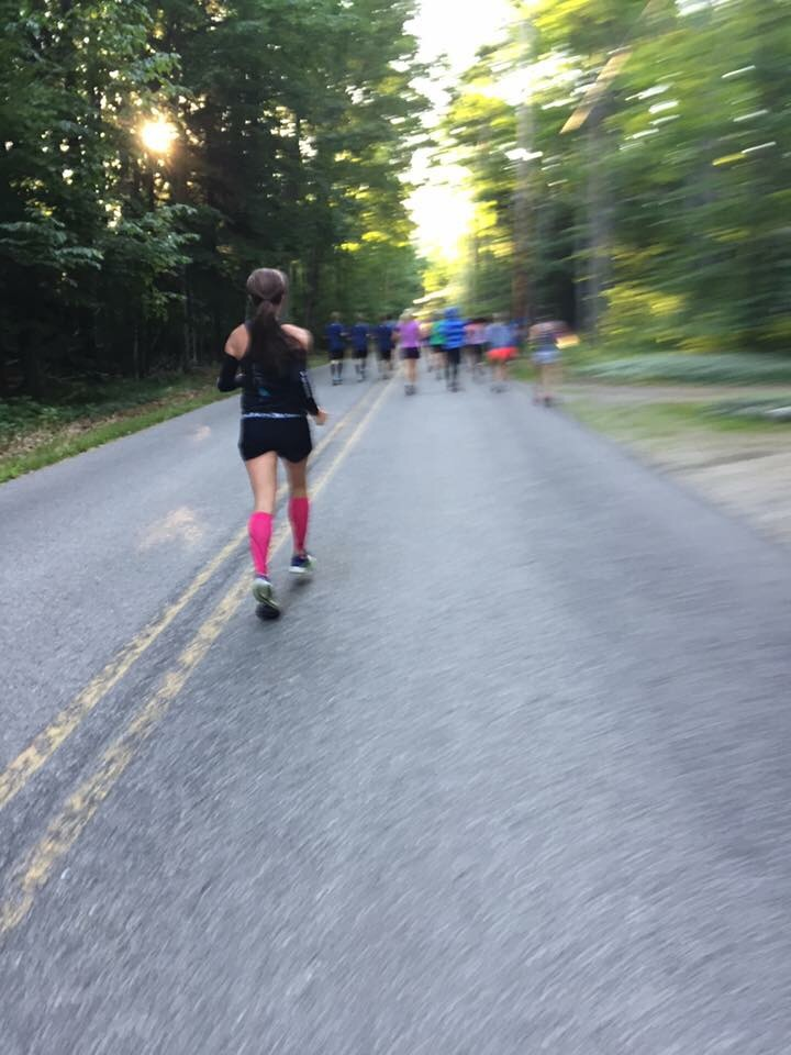 Thanks to Michigan Runner Girl Colleen H. for capturing this moment early on in the race.