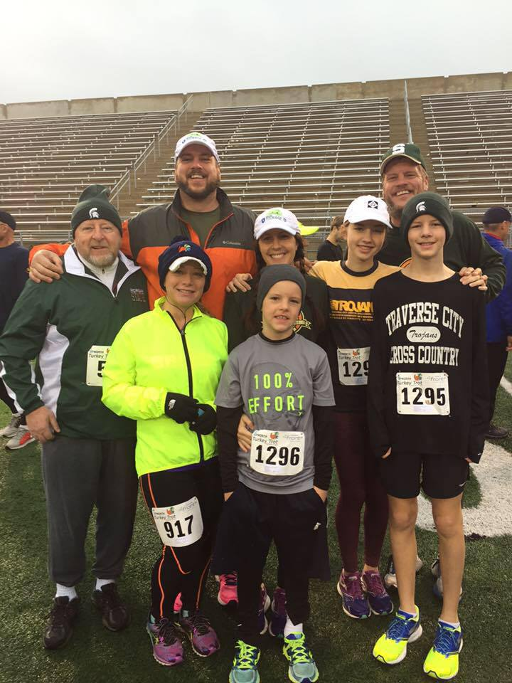 All together for this year's Turkey Trot.